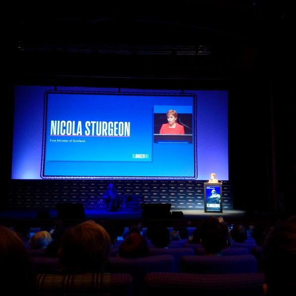 Bà Nicolas Sturgeon – Thủ hiến Scotland phát biểu chào mừng